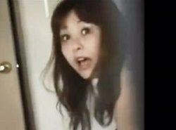 アナニーまでする羞恥姿を覗き見されてる事を知った女性のハプニング動画